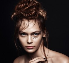 Beauty Editorial Scorpion Make Up Art and Hairstyle
