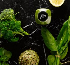 DIY Green Juice with a Cold Press machine